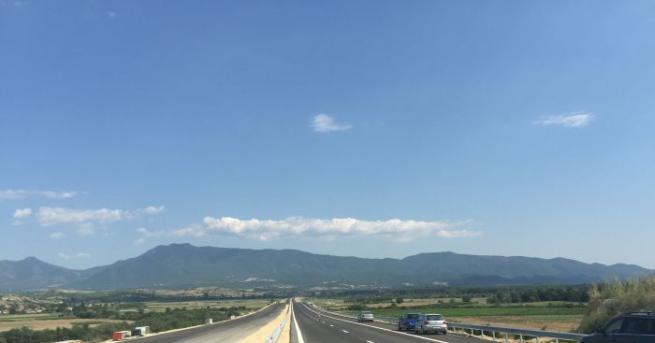 Готова е магистралата, която свързва сръбския град Ниш с българската