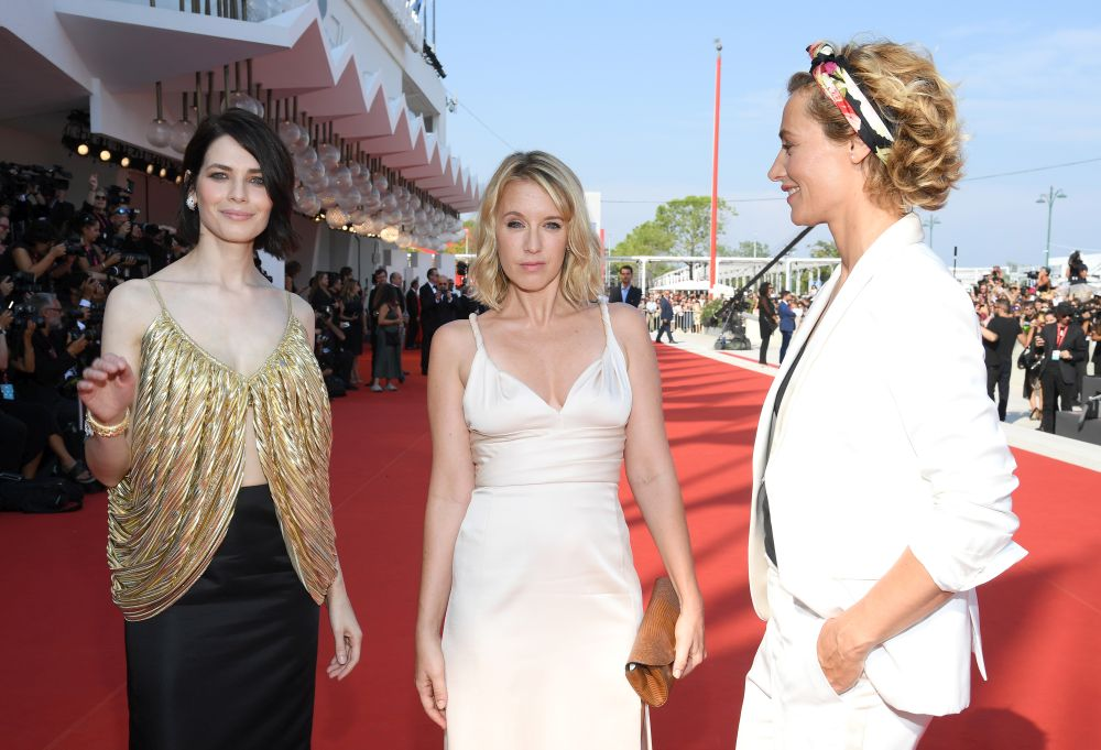 Модните недоразумения на червения килим във Венеция