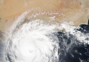 Защо има повече урагани
