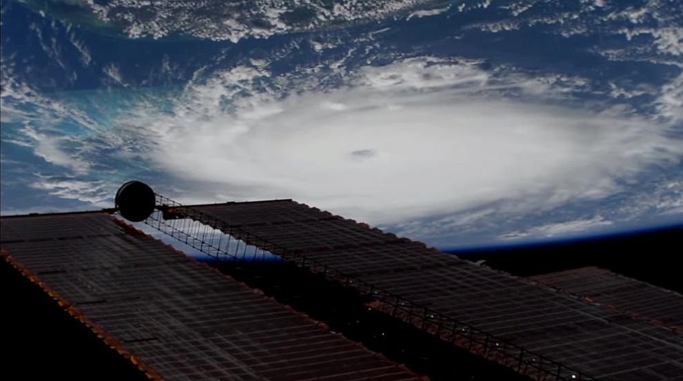 Най-малко седем жертви на урагана Дориан