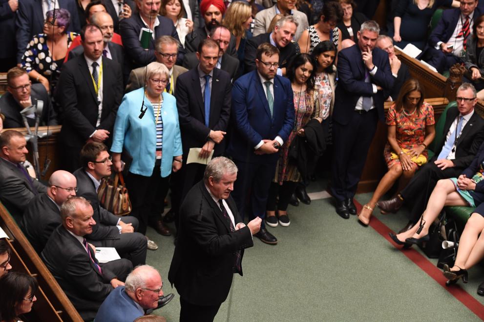 борис джонсън британски парламент