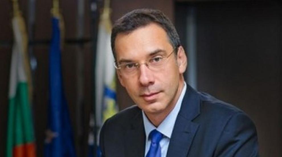 Димитър Николов: Няма бургазлия без сантимент към книжарницата,...