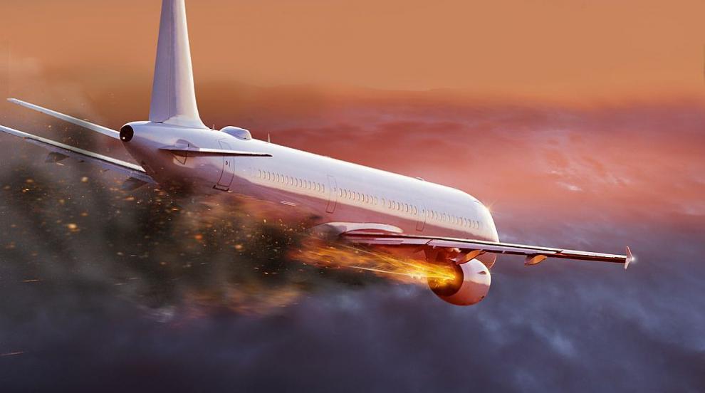Самолет на Air China извърши аварийно кацане във Вашингтон заради пожар в...