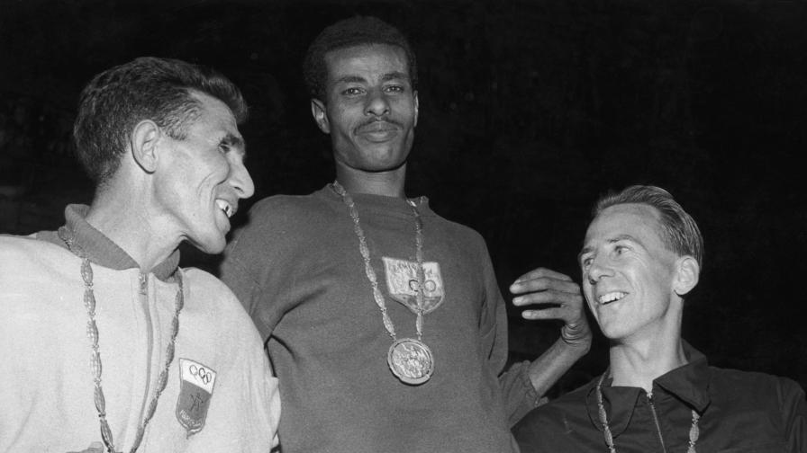 <p><strong>Босият маратонец</strong>, който спечели олимпийското злато</p>