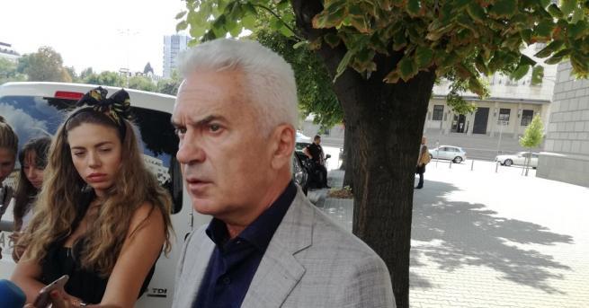 Атака ще подкрепя Йорданка Фандъкова, тъй като тя е най-подходящият