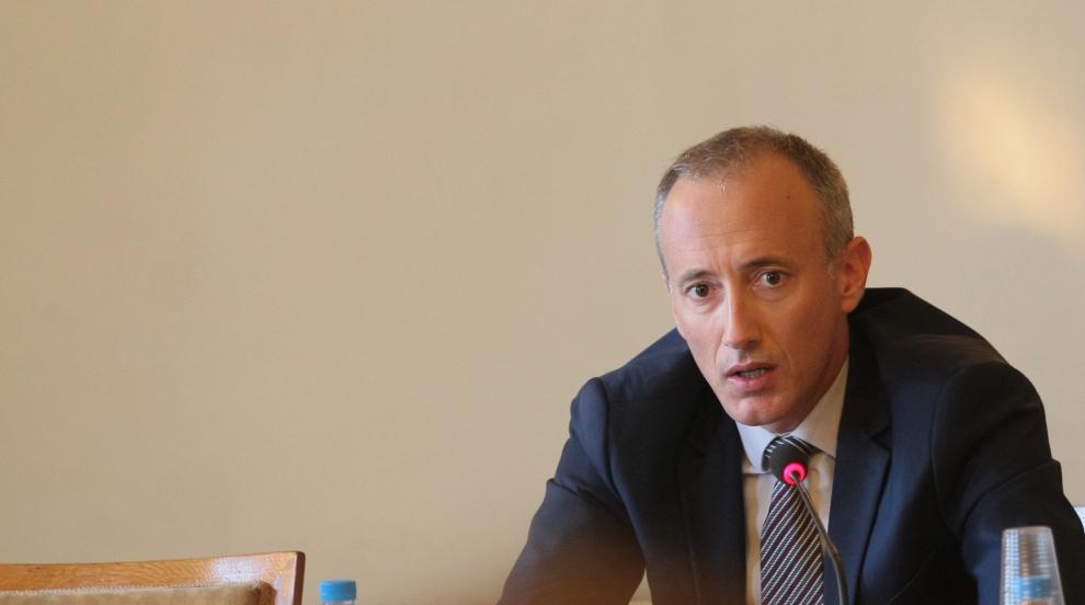 Министър Вълчев с поздрав по случай Международния ден на учителя