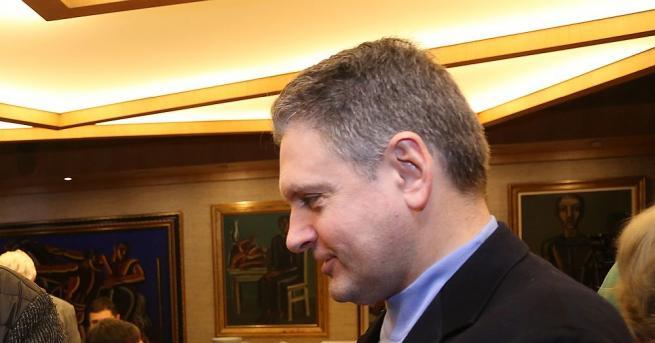 Как Русия да вземе българската спътникова и телекомуникационна мрежа -
