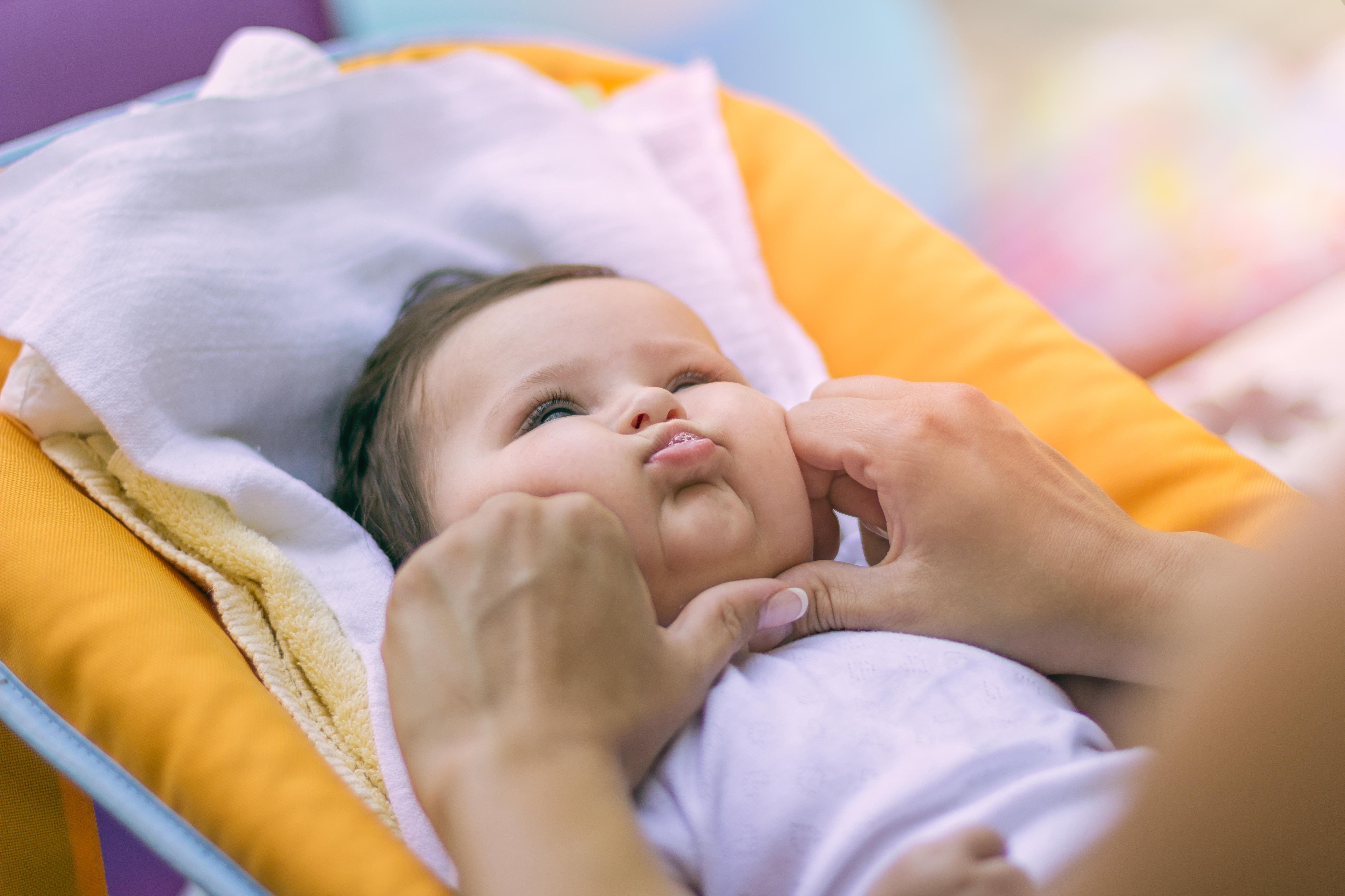 <p><strong>Gigil </strong>(тагалски)</p>  <p>Чувството, когато искате да щипнете сладко бебче по бузките, или да прегърнете някого силно, защото много го обичате.</p>