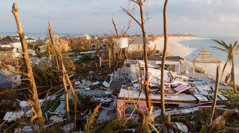 Нова мощна буря застрашава Бахамите