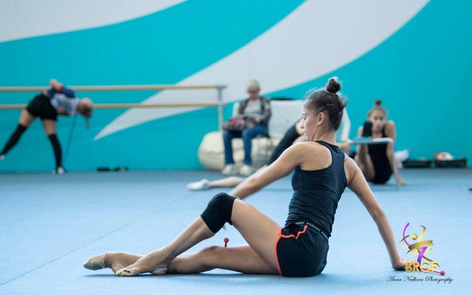 В българския щаб на националния отбор по художествена гимнастика цари