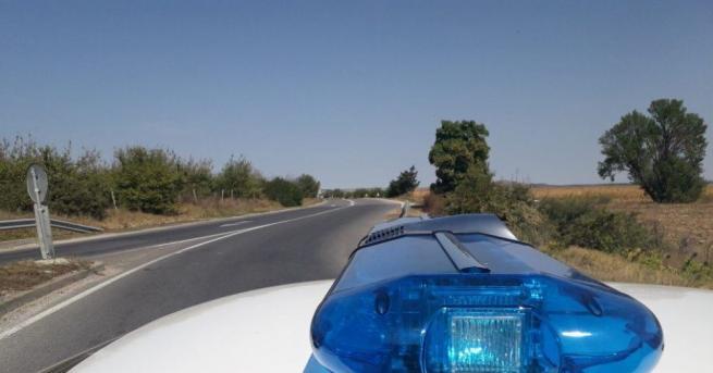Таксиметровият автомобил, който се взриви на бензиностанция в Добрич и
