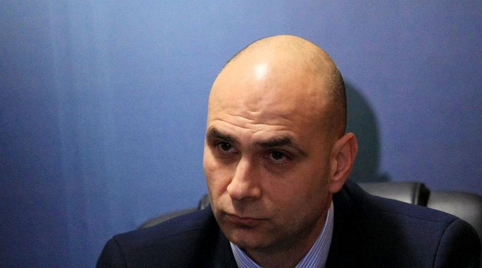 Сводниците от Бургас склонявали проститутки със секс записи (ВИДЕО)