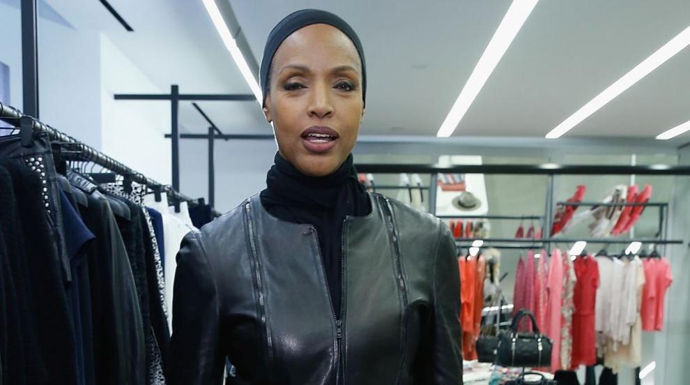 На 60 години Коко Мичъл се завърна на модния подиум