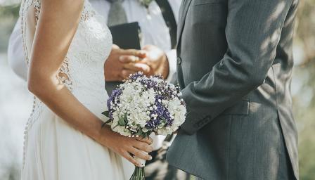 Тези звезди са рекордьори по сключени бракове (ВИДЕО)