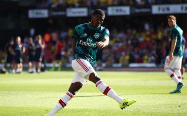 Титуляр в Арсенал с остра критика към Унай Емери