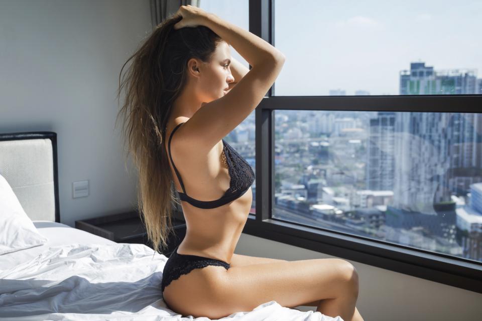 жена секси гърди