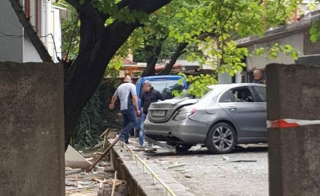 Взривиха колата на помощник на ЧСИ