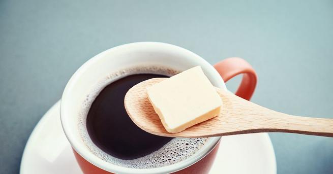Традиция е да добавяме мляко, сметана и захар в кафето.