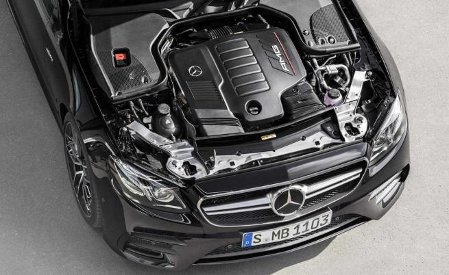 Daimler спира развитието на ДВГ, за да се концентрира върху е-колите