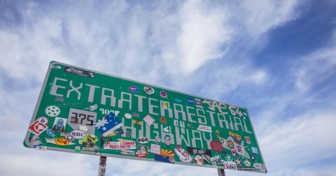 """Любители на темата """"извънземни"""" започнаха вчера да пристигат в Невада"""
