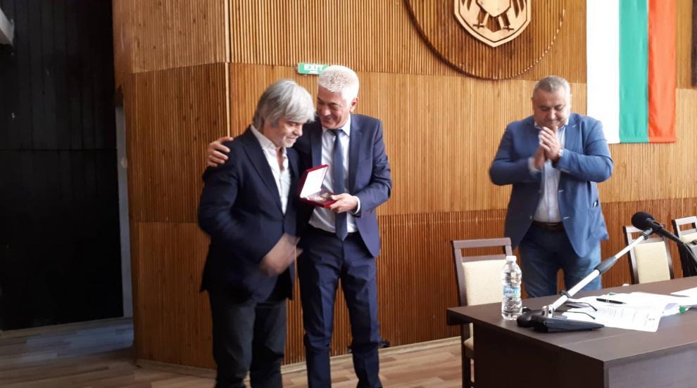 """Световноизвестниятхудожник Николай Янакиевполучи званието """"Почетен..."""