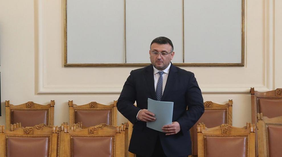 Маринов нито потвърди, нито отрече за трета жертва в Негован:...