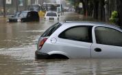 Буря наводни Северна Гърция, има евакуирани