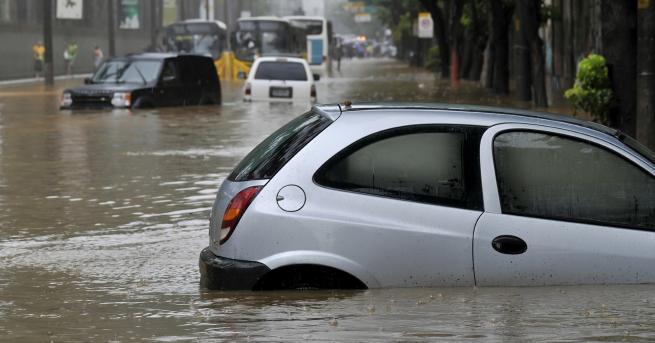 Свят Буря наводни Северна Гърция, има евакуирани Какво ще е