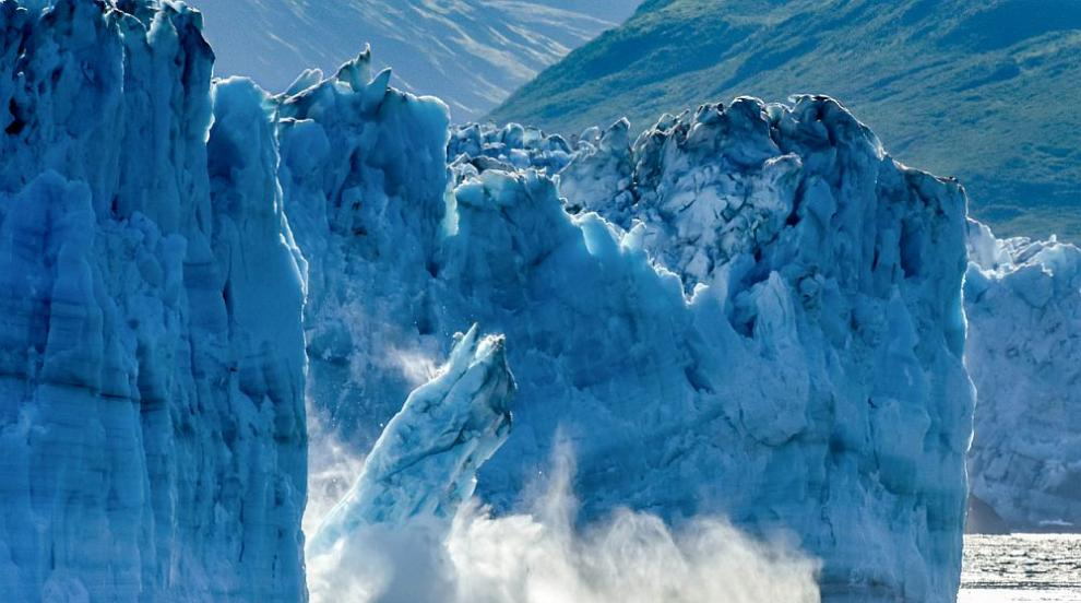 Ледниците в Нова Зеландия почервеняха (СНИМКИ)