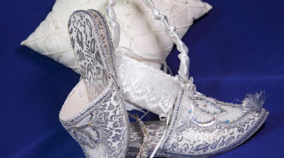 Властите в Узбекистан посегнаха на сватбите (СНИМКИ/ВИДЕО)