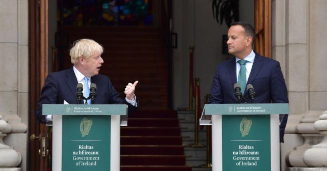Ирландският премиер Лио Варадкар каза, че ще поиска президентът Майкъл