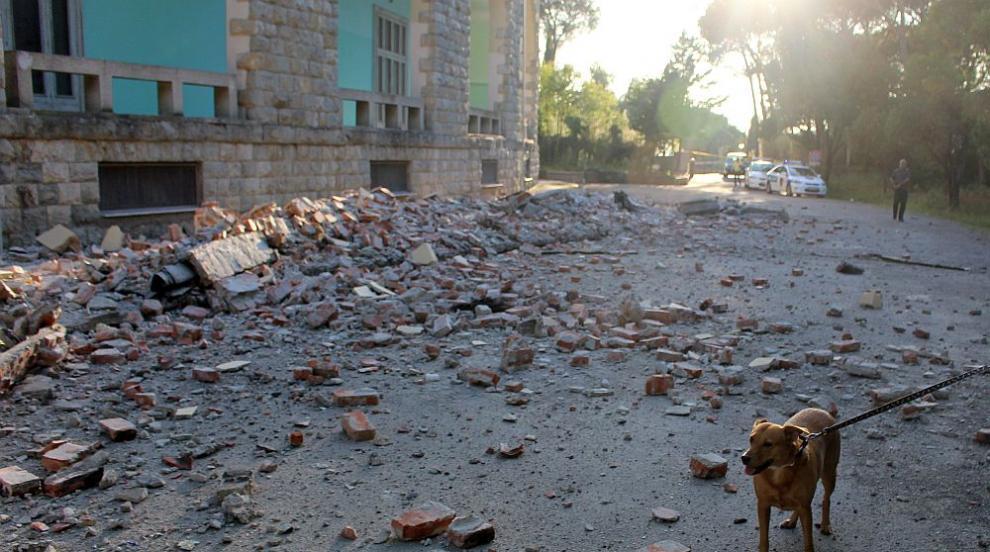 Жертвите от земетресението в Албания са вече 6, летището в Тирана е затворено