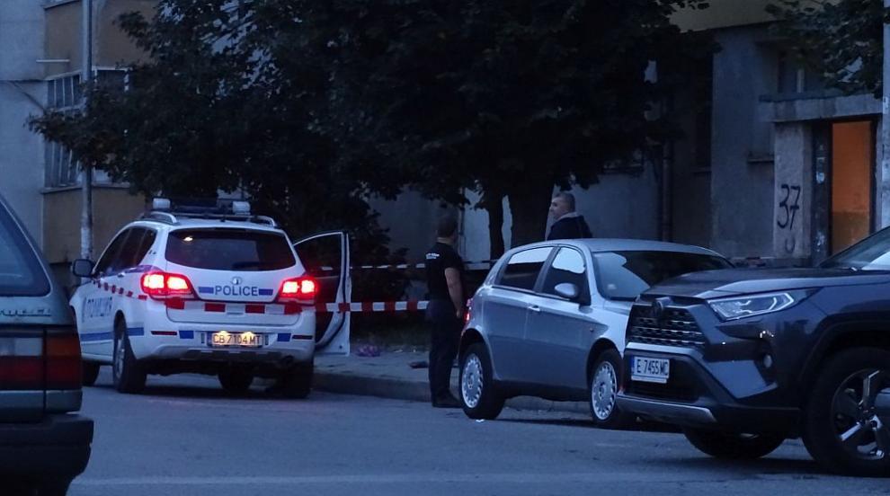 Мъж скочи от прозорец на блок в Благоевград и загина