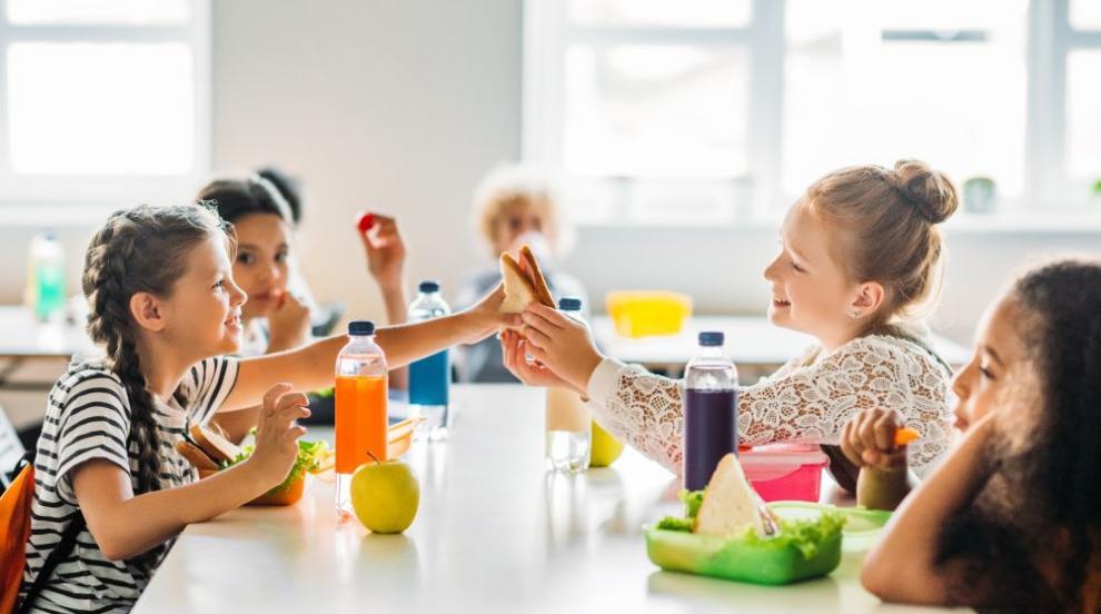 Майка подаде сигнал за качеството на храната в столично училище (ВИДЕО)
