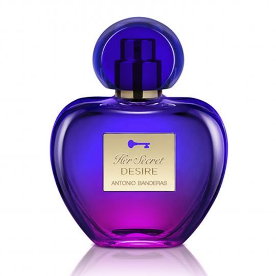 <p><strong>Antonio Banderas Her Secret Desire </strong>- Her Secret Desire e изключително съблазнителна и женствена комбинация от плодови и цитрусови нотки, подсилени от ванилия, жасмин и сандалово дърво. Преливащите тонове на флакона във виолетово и бледо розово символизират чувственост и елегантност и допринасят за съблазнителното и запомнящо се въздействие на Her Secret Desire.</p>