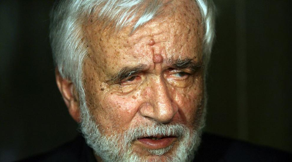 Първите в държавата жалят за Любомир Левчев