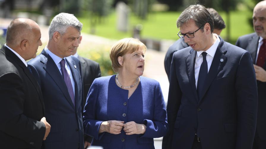 <p>Вучич огорчен, че &quot;Фолксваген&quot; отива в Турция. Меркел: И Борисов се оплаква&nbsp;&nbsp;</p>