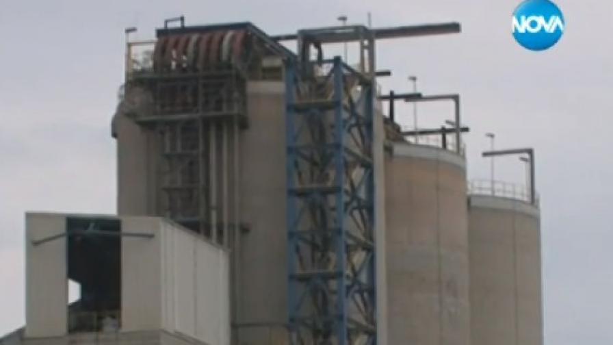 Задушливи газове в шахтата, в която пострадаха работниците