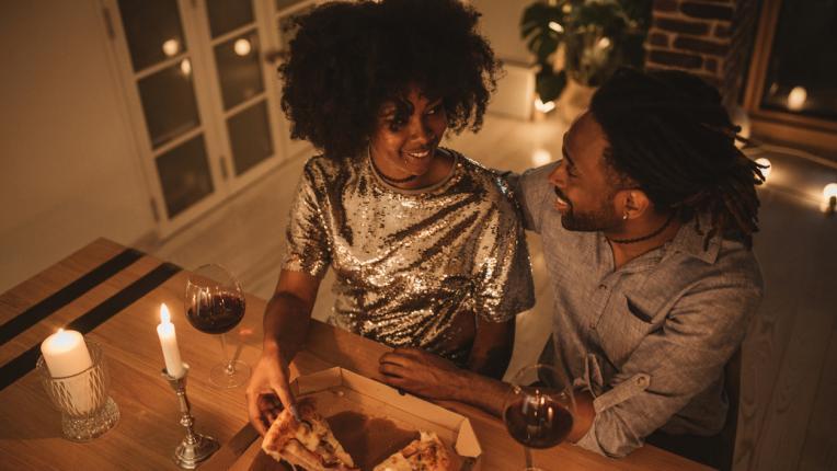 Най-лошият навик на всяка зодия по време на романтична среща