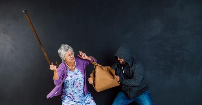 Рецидивисти пребиха брутално възрастно семейство и го ограбиха. Престъплението се