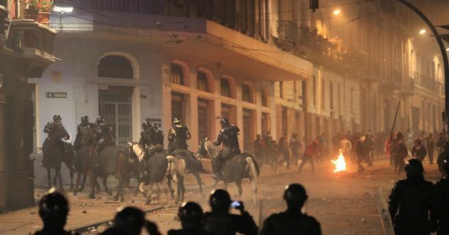 Снимка: Руска следа в бунтовете в Еквадор заради отмяната на субсидиите за горивата