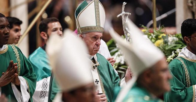Папа Франциск призова за диалог и прекратяване на бурните протести
