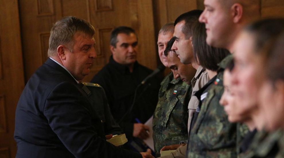 Българският отбор заминава за световните военни игри в Китай (СНИМКИ)