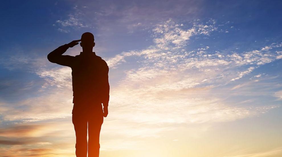 Гърция увеличава срока на военната служба