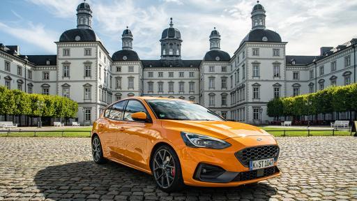<p>Ford Focus ST: Д-р Джекил и мистър Хайд (тест драйв)</p>