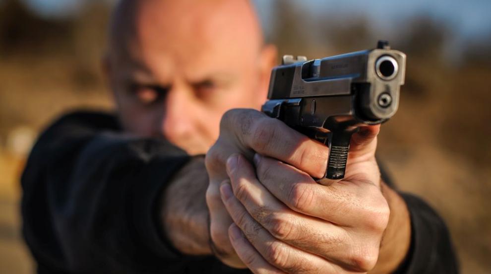 Стрелба по украински политик, убиха 3-годишното му дете (СНИМКИ)