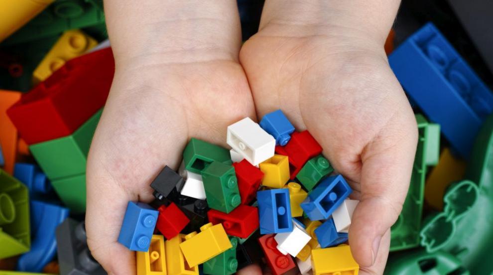 Лего ще рециклират старите тухлички