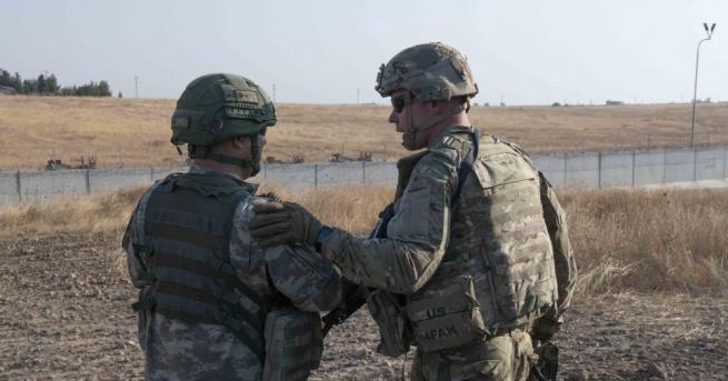 Вашингтон остава ангажиран с мисията си в Афганистан, заяви американският
