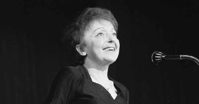 Снимка: 56 години без магнетичната Едит Пиаф - музикалният символ на Франция