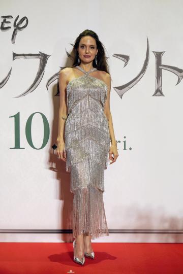 <p>Анджелина Джоли на премиерата на &bdquo;Господарка на злото 2&ldquo; в Токио</p>